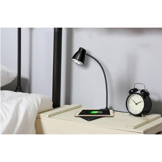 chargeur sans fil iphone qi lampe de bureau chargeur induction. Black Bedroom Furniture Sets. Home Design Ideas