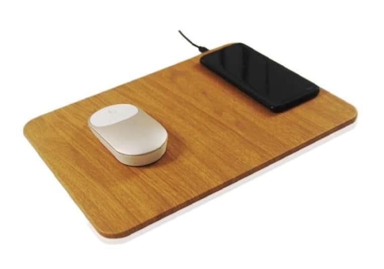 Tapis de souris de bureau avec chargeur induction intégré